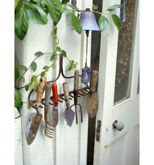 Garden Rake Repurpose